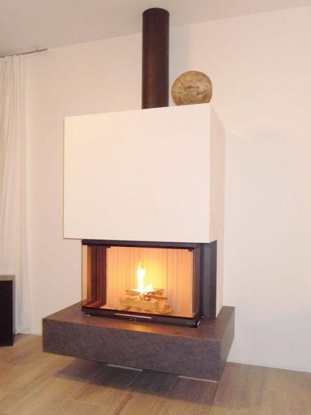 kamin chemnitz schwebender panoramakamin mit. Black Bedroom Furniture Sets. Home Design Ideas